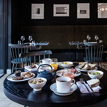 Petit déjeuner au Galibot - Hotel Louvre Lens